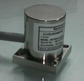 Axis Accelerometer