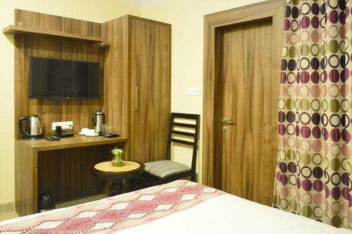 Double Bed Deluxe Rooms