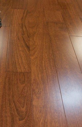 Flooring & Accessories