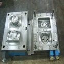 Moulding boxes for metal foundry